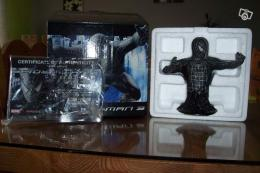 Figurine spiderman en résine MARVEL