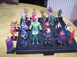 Lot de figurine Marvel en plomb