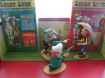 Lot de figurine et BD Lucky Luke