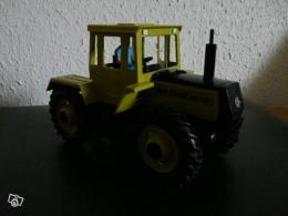 ancien tracteur gama