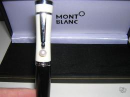 stylo bille mont blanc greta garbo prix