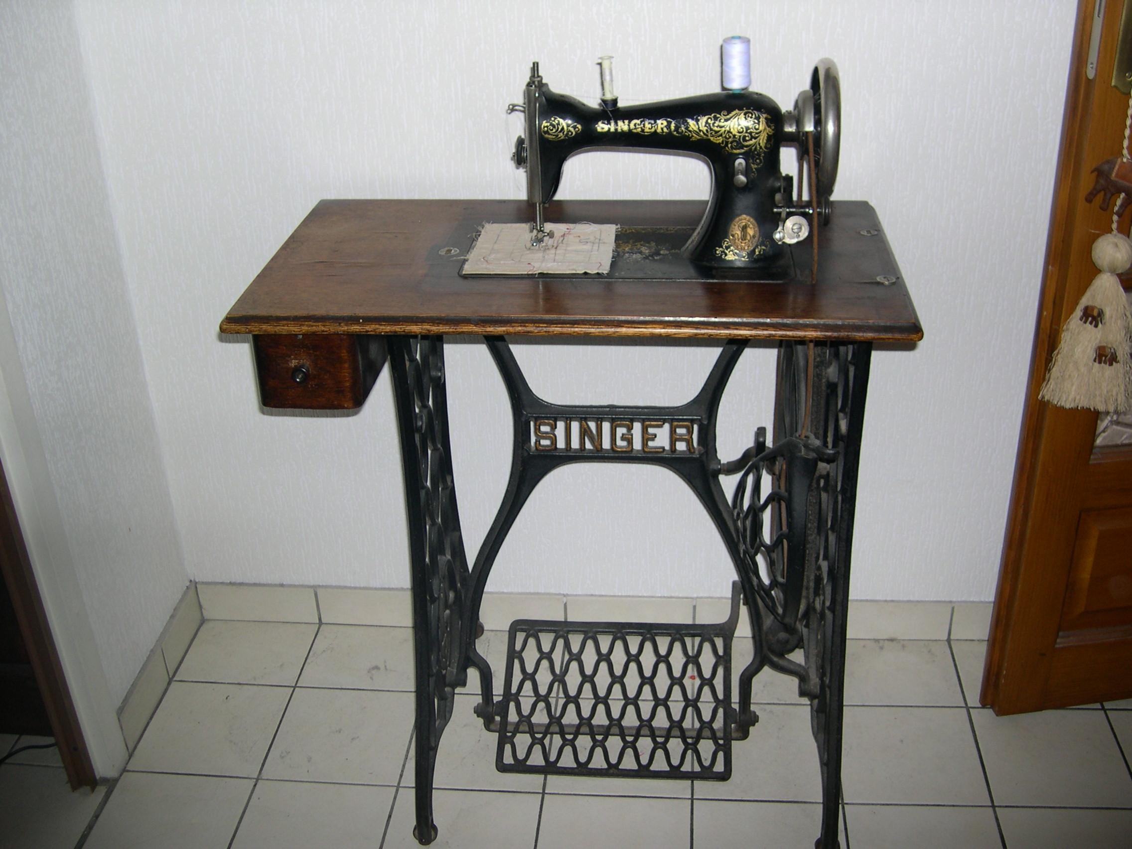Machine A Coudre Ancienne ancienne machine à coudre singer collection