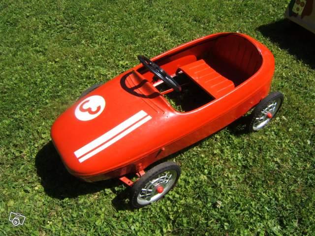 Ancienne voiture à pédales Baby Course collection c7b45a5187d6