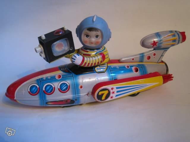 Jouet Ancien Tôle Space Robot