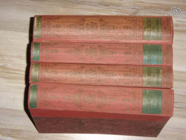 Lot De Livres Anciens Victor Hugo Collection