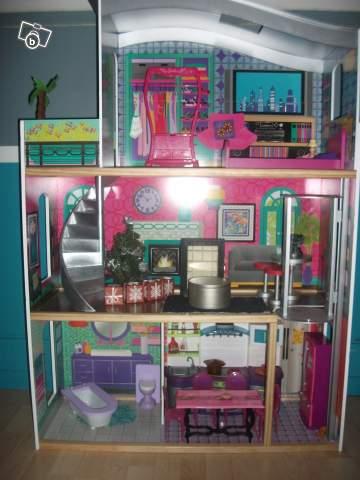 Maison barbie jenny