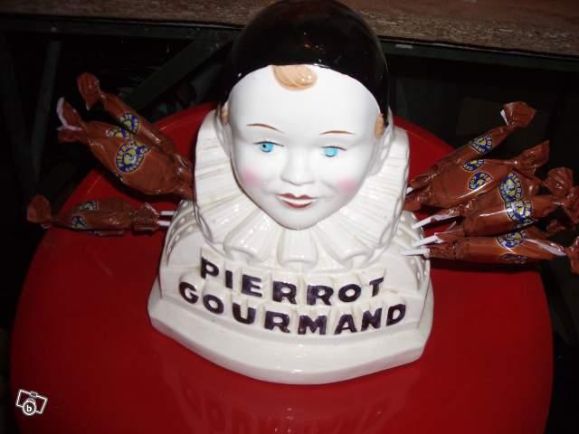 http://www.teslogos.com/uploads//products/Pierrot%20gourmand.jpg