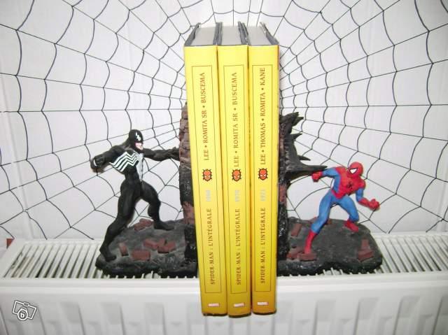 Serre livres Spiderman VS Venom Bowen collection