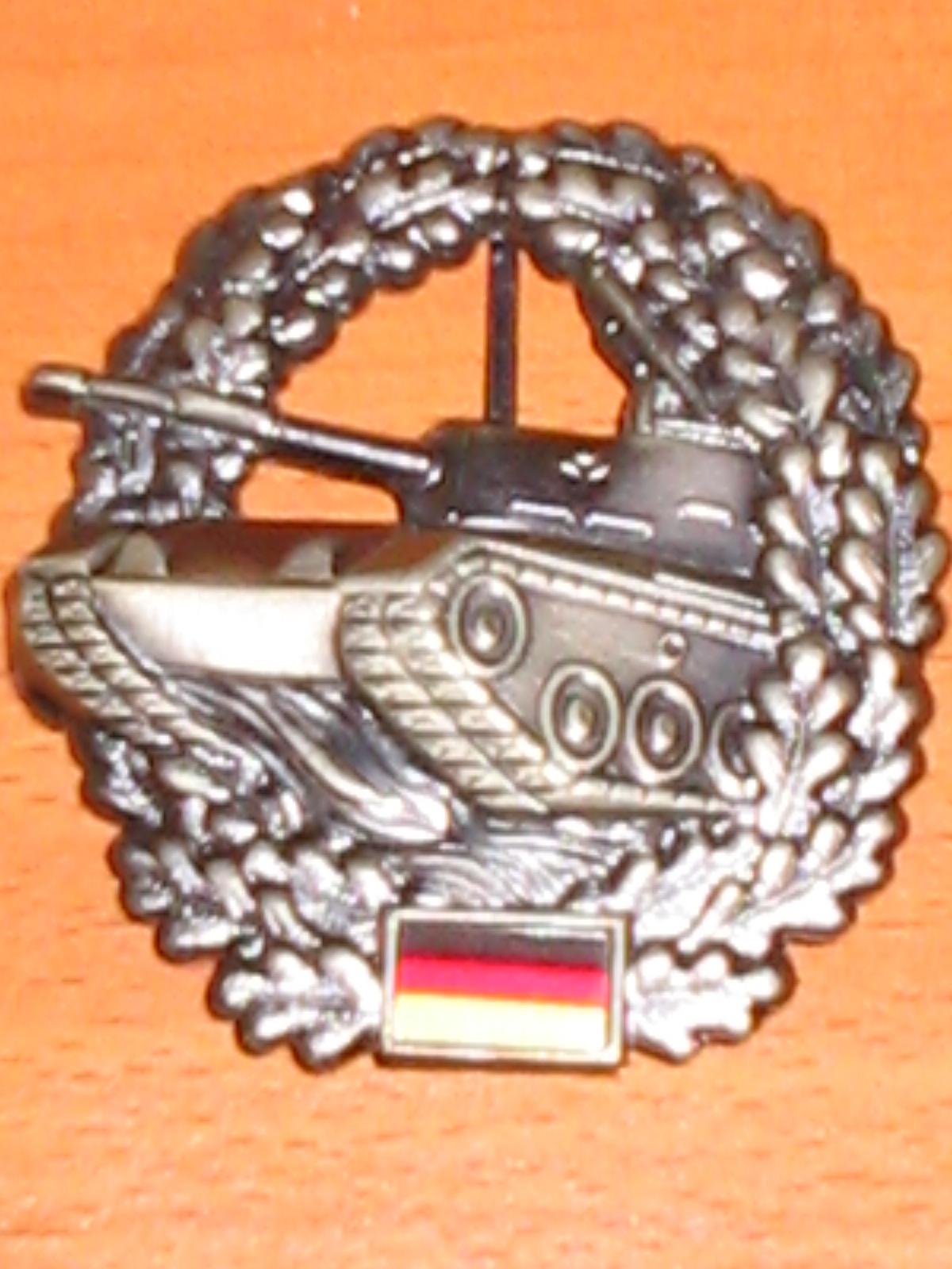 insigne de béret allemand tankiste collection