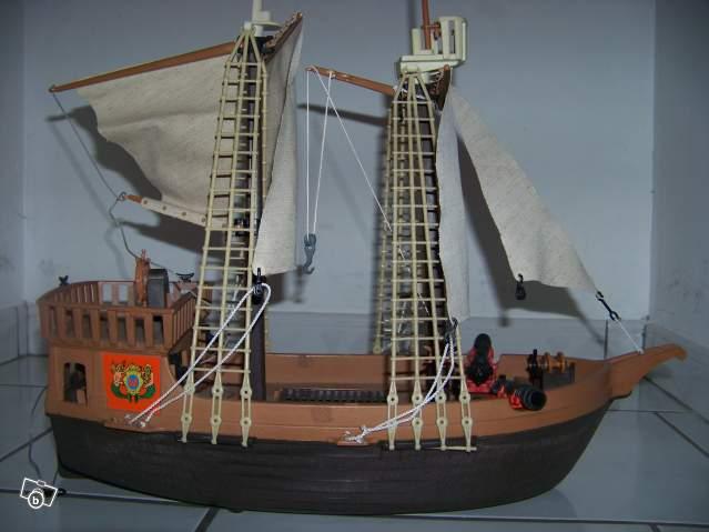 Bateau Pirate Playmobil Mundu Fr