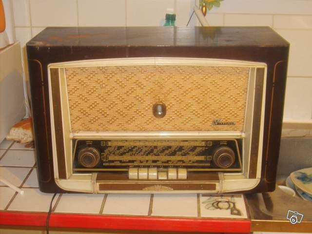 ancien poste radio 1950 visseaux collection. Black Bedroom Furniture Sets. Home Design Ideas