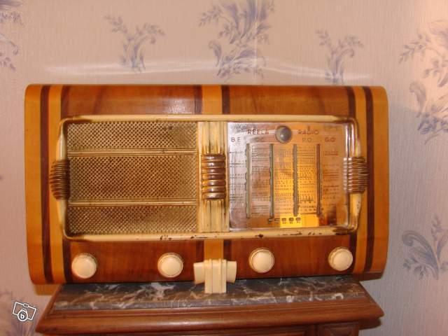 ancien poste radio reela collection. Black Bedroom Furniture Sets. Home Design Ideas