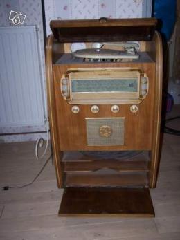 ancien poste radio 1950 collection. Black Bedroom Furniture Sets. Home Design Ideas