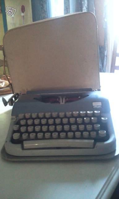 ancienne machine crire japy script collection. Black Bedroom Furniture Sets. Home Design Ideas