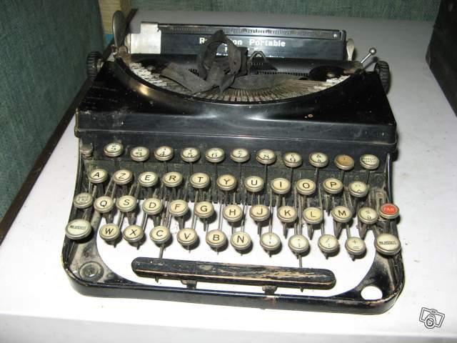 ancienne machine crire r mington portable mod le 5 collection. Black Bedroom Furniture Sets. Home Design Ideas