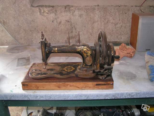 Ancienne machine coudre singer manivelle collection for Machine a coudre singer ancienne