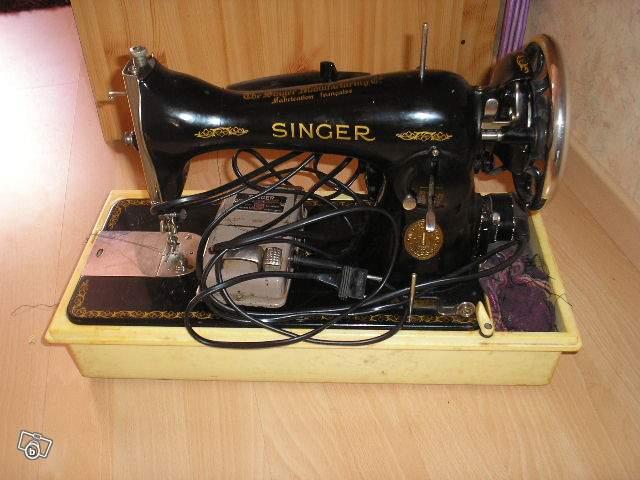 ancienne machine coudre singer lectrique collection. Black Bedroom Furniture Sets. Home Design Ideas
