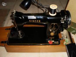 ancienne machine coudre singer avec valise portative collection. Black Bedroom Furniture Sets. Home Design Ideas