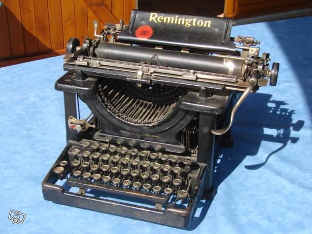 ancienne machine crire remington collection. Black Bedroom Furniture Sets. Home Design Ideas