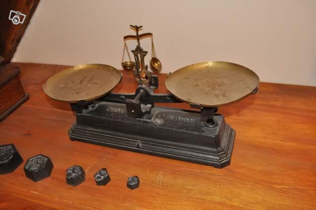 balance ancienne collection. Black Bedroom Furniture Sets. Home Design Ideas