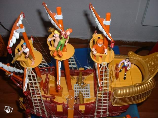 Bateau du capitaine crochet peter pan collection - Peter pan et capitaine crochet ...