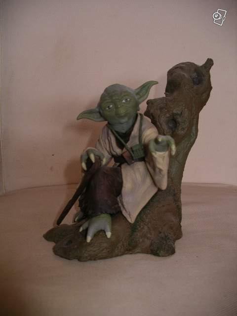 figurine ma tre yoda star wars collection. Black Bedroom Furniture Sets. Home Design Ideas