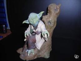 figurine maitre yoda star wars collection. Black Bedroom Furniture Sets. Home Design Ideas