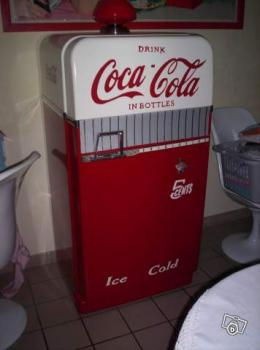 Frigo ancien coca cola bar collection for Frigo coca cola grande