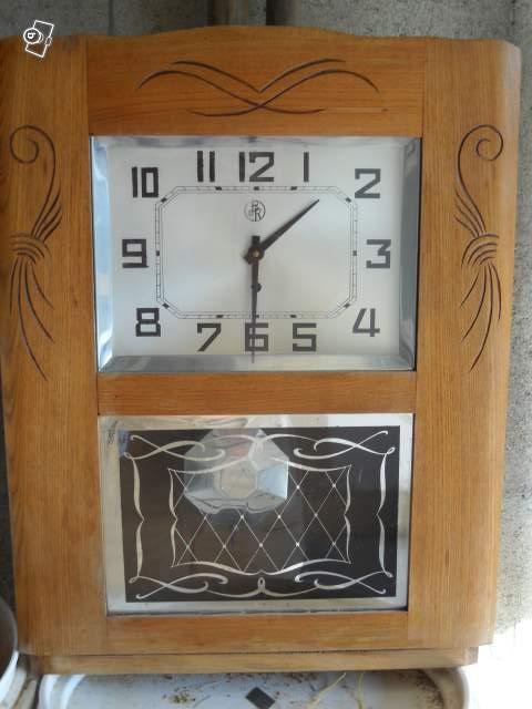 Pendule murale bois ancienne for Grande horloge murale solde