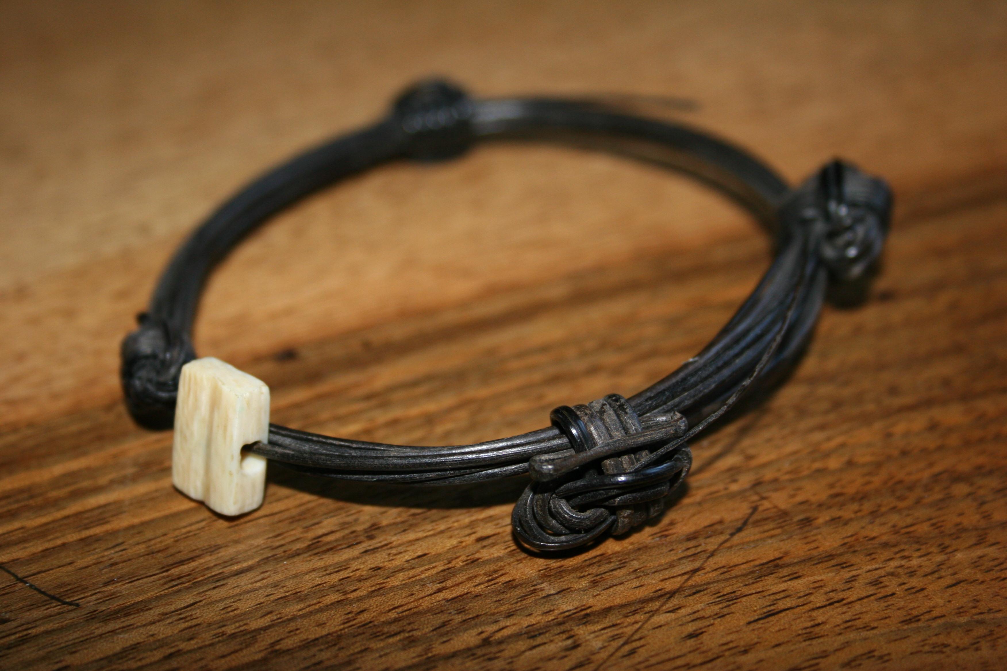 bracelet en poils d 39 l phant collection. Black Bedroom Furniture Sets. Home Design Ideas