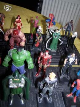 lot de figurine marvel en plomb collection. Black Bedroom Furniture Sets. Home Design Ideas