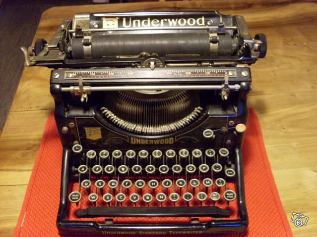 machine crire ancienne underwood standard typerwriter collection. Black Bedroom Furniture Sets. Home Design Ideas