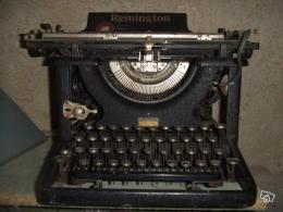 machine crire ancienne ann es 30 remington collection. Black Bedroom Furniture Sets. Home Design Ideas