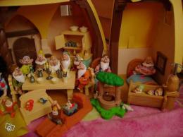 Maison blanche neige et les 7 nains collection - Maison blanche neige et les 7 nains ...