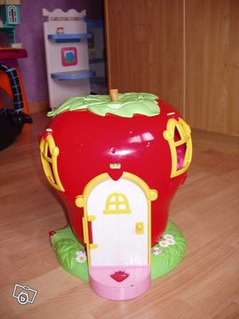 Maison de poup e charlotte aux fraises collection for Maison de charlotte aux fraises
