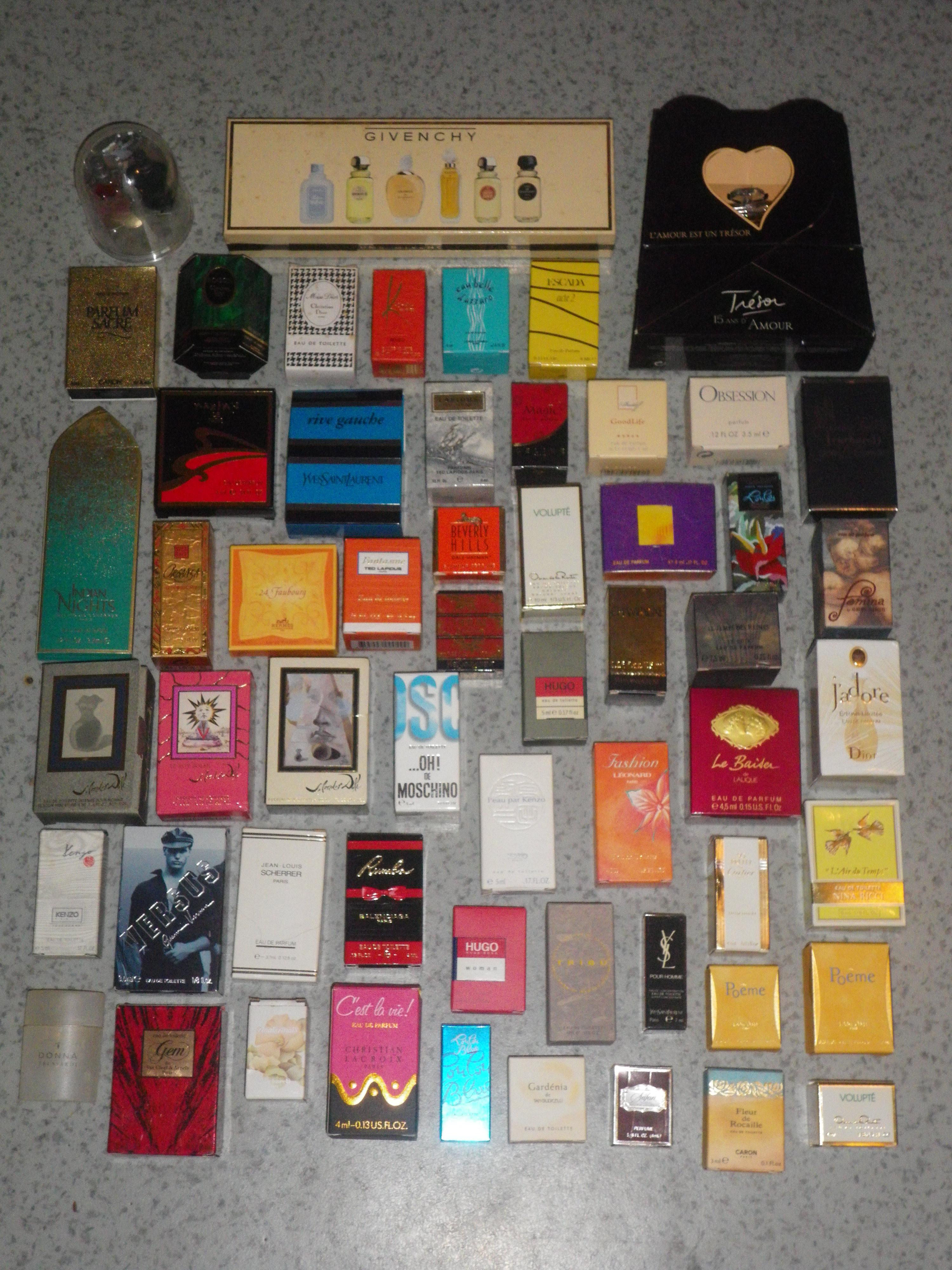 collection de 184 miniatures de parfums collection. Black Bedroom Furniture Sets. Home Design Ideas