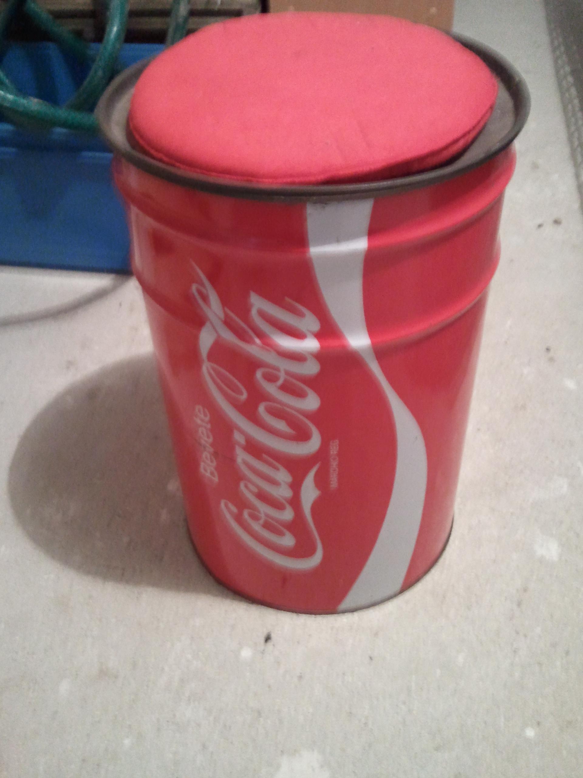 Bidon tabouret coca cola collection - Tabouret bidon d huile ...