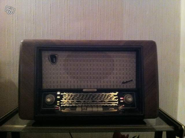 poste radio ancien schneider collection. Black Bedroom Furniture Sets. Home Design Ideas