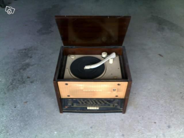 Radio ancienne avec tourne disque int gr collection - Tourne disque avec haut parleur integre ...