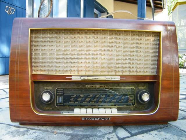 ancien poste de radio 1950 collection. Black Bedroom Furniture Sets. Home Design Ideas