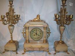 ancienne horloge et bougeoirs en marbre et bronze collection. Black Bedroom Furniture Sets. Home Design Ideas