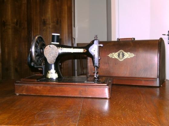 machine coudre portative manuelle singer collection. Black Bedroom Furniture Sets. Home Design Ideas