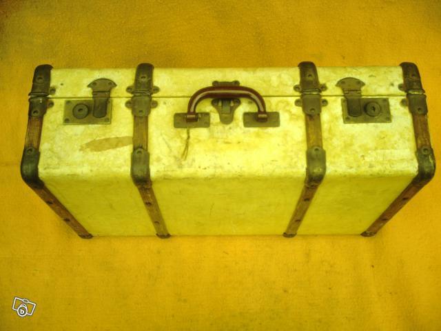 ancienne valise en bois collection. Black Bedroom Furniture Sets. Home Design Ideas