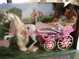 Poup e barbie raiponce ken et cal che collection - Barbie caleche ...